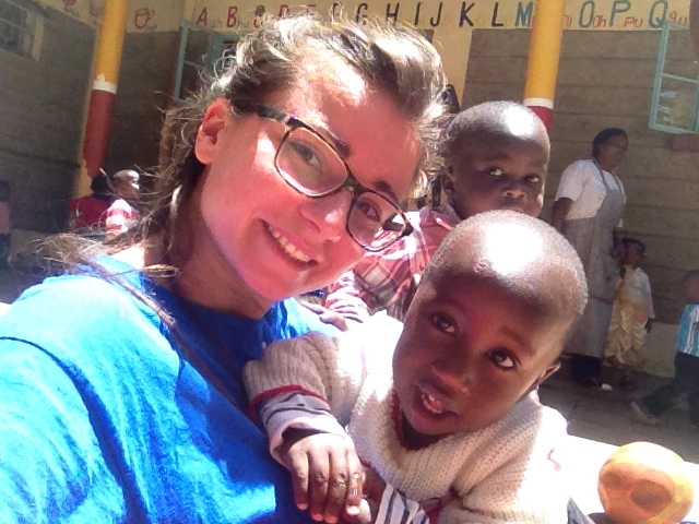 http://www.lafricachiama.org//images/matilde_volontaria_servizio_civile_kenya.JPG