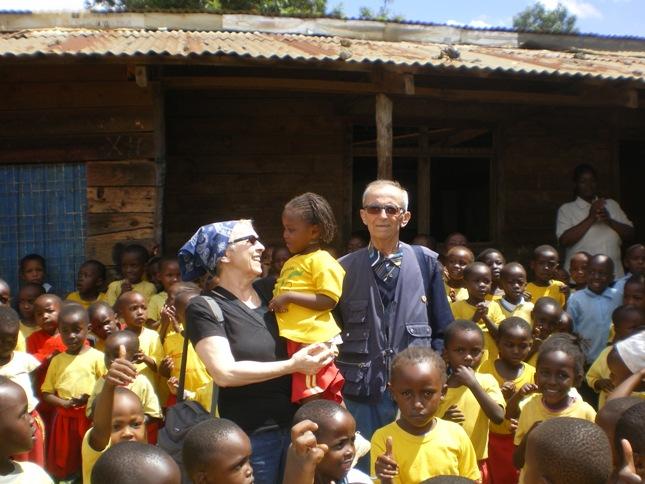 http://www.lafricachiama.org/images/italo_teresa_kenya.JPG