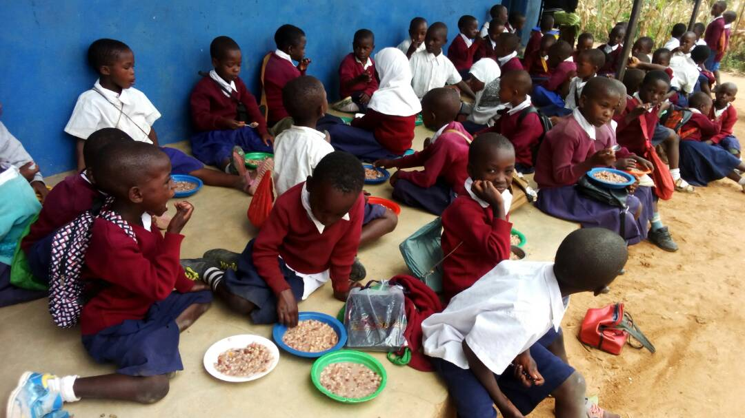 foto delle mense scolastiche in Tanzania de L'Africa Chiama