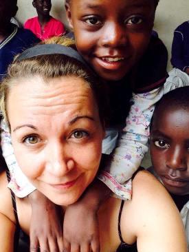 Michela Campagnoli cooperante nella baraccopoli di Kanyama in Zambia